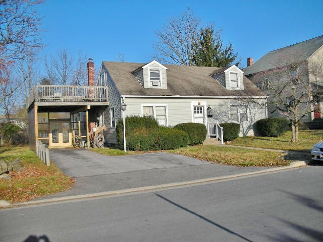 1209 W. Beaver Avenue, a 3 bedroom apartment in State College PA
