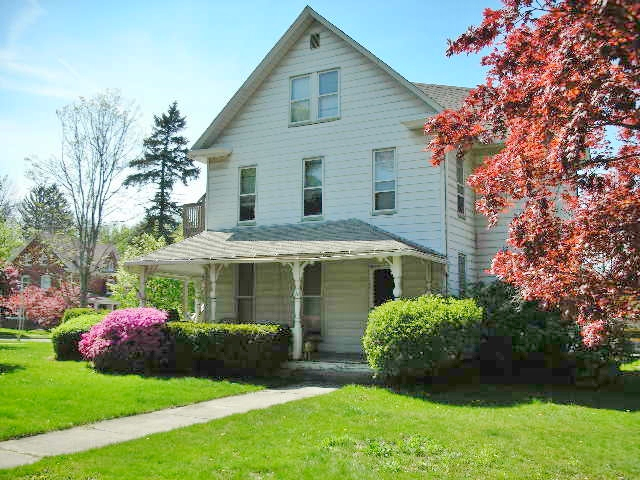Photo of the 6-bedroom house for rent at 103 E. Park Avenue, State College PA.
