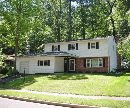 Front photo of the 4-bedroom house for rent at 444 Glenn Road in State College, PA.