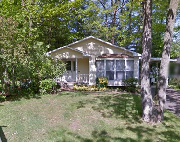 Front photo of the 2-bedroom house for rent at 124 Driftwood Drive in State College, PA.