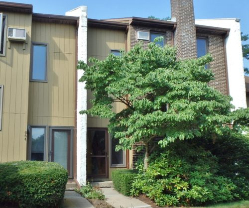 Townhouse for rent at 862 W. Aaron Drive.