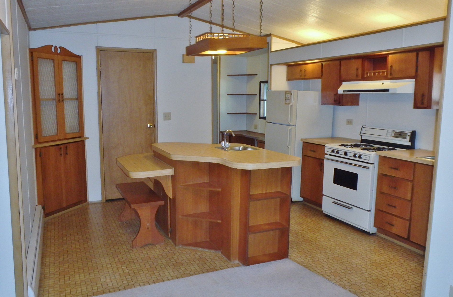 Kitchen photo of the 2 bedroom house for rent at 3119 Carnegie Drive in State College, PA.