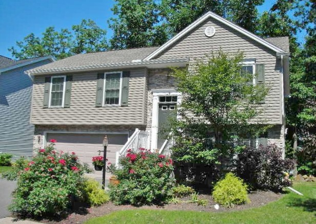 118 McKivison Court in State College, PA | 3 bedroom house for rent.