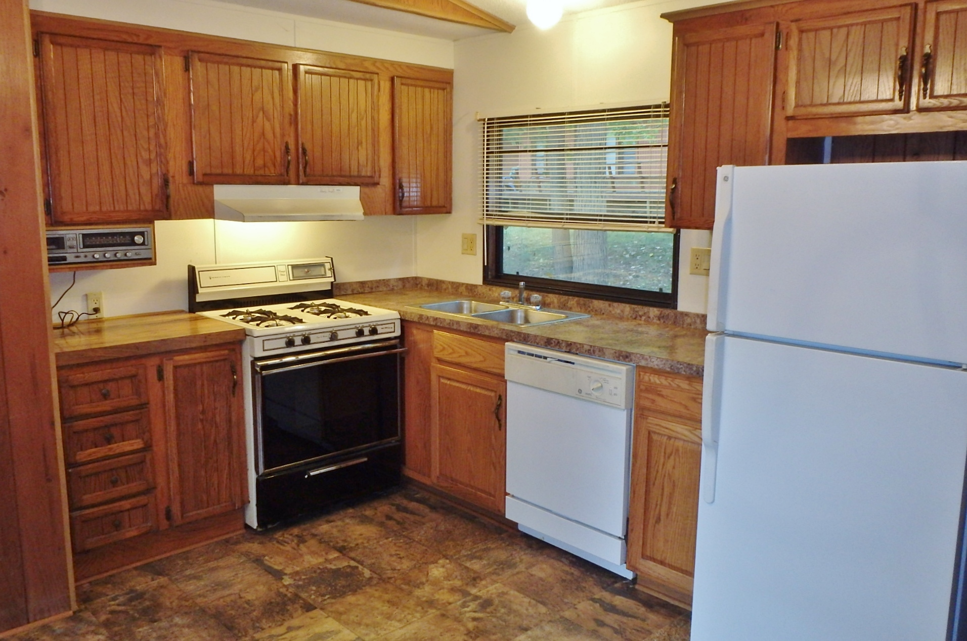 Kitchen photo of the 2-bedroom house for rent at 107 Driftwood Drive in State College PA.