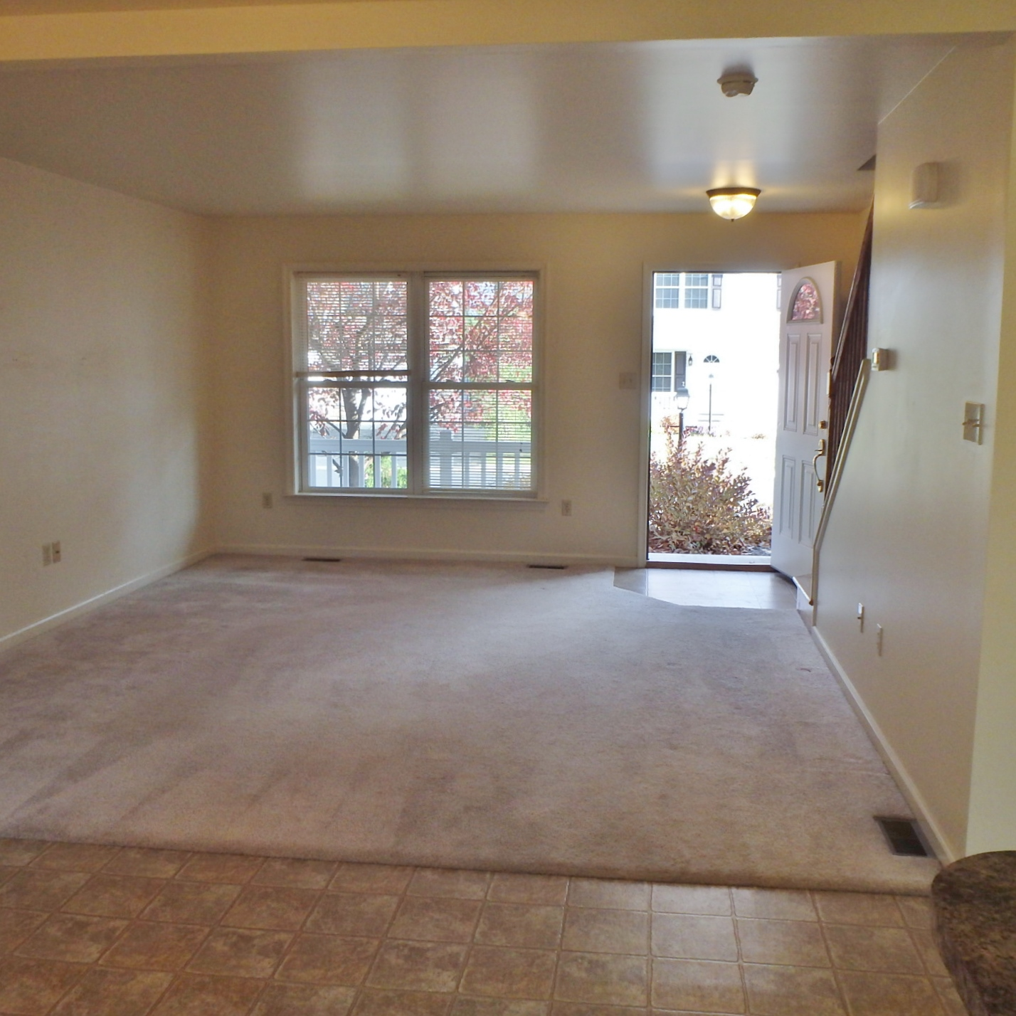 Living room photo of the 3-bedroom house for rent at 112 McKivison Court.