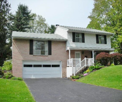 Featured photo of the-3 bedroom house for rent at 273 Bradley Avenue, State College PA.