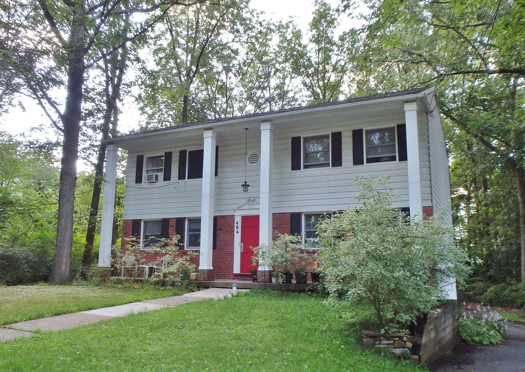 Front photo of the 3-bedroom duplex for rent at 404-406 Sylvan Drive in State College, PA.