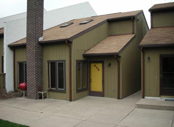 Front photo of the 2-bedroom townhouse for rent at 836 W. Aaron Drive in State College, PA.