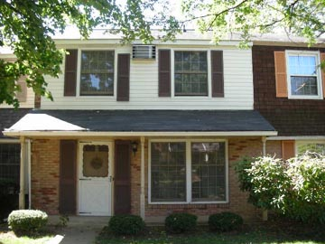 Front photo of the 3-bedroom 'Georgetown' townhouse for rent at 414 Amblewood Way in State College, PA.