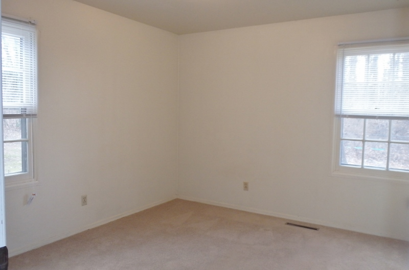320 Patton Bed 1