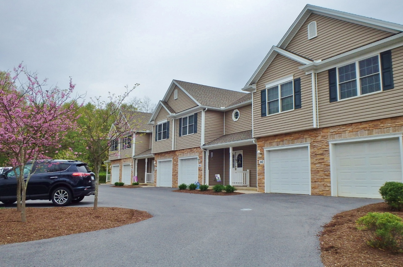 Professional Townhouses For Rent