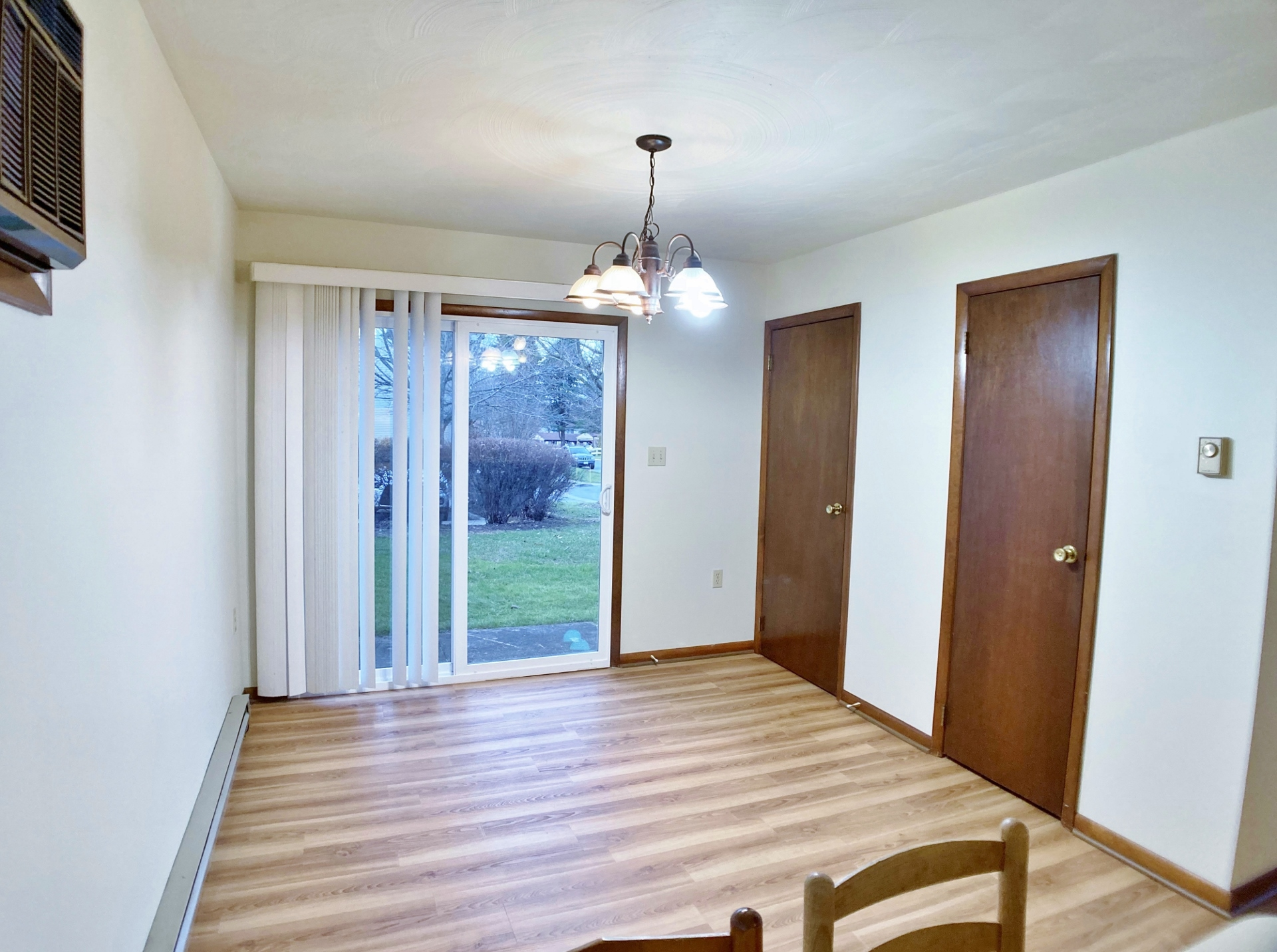 918-6 Southgate Drive Dining Room