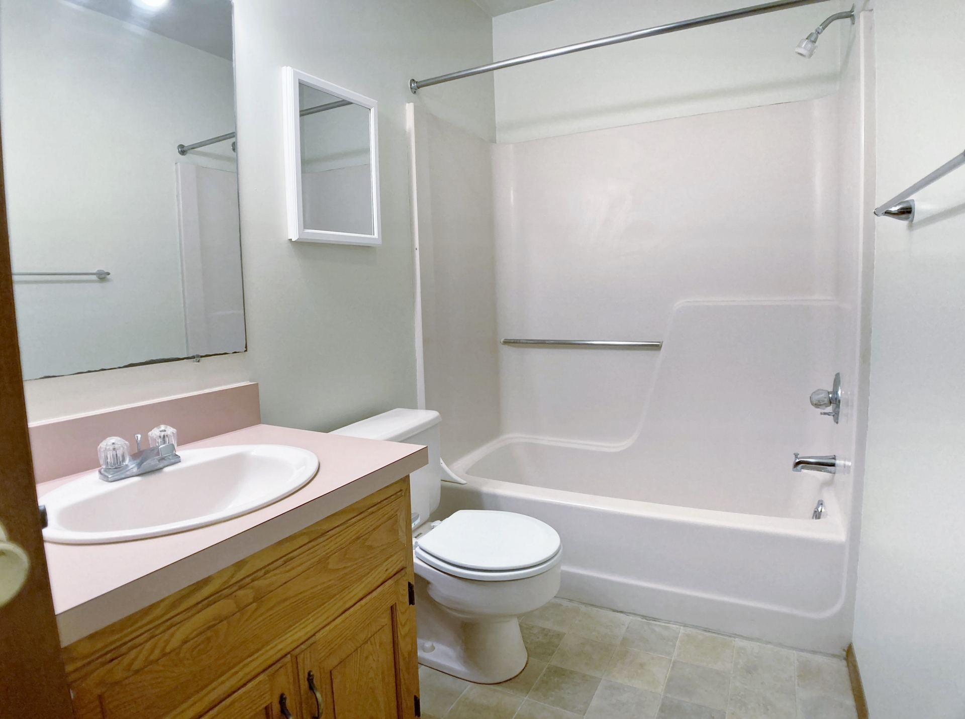 2480 Buchenhorst Road Bathroom